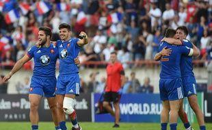 Les Bleuets champions du monde autour de Romain Ntamack