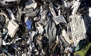 Chaque année 400000 tonnes de déchets d'équipements électriques et électroniques sont traitées.