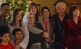 Kristen Stewart est la star de la comédie romantique de Noël lesbienne « Ma belle-famille, Noël, et moi ».