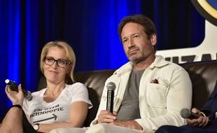 Les acteurs Gillian Anderson et David Duchovny à la Wizard World Comic Convention