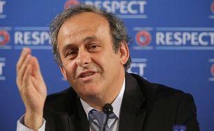 Michel Platini lors d'une conférence de presse à Nice, un jour avant le tirage de l'Euro 2016, le 22 février 2014