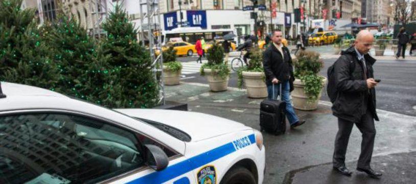 Une voiture de la police de New York, le 19 novembre 2015 dans un quartier de la ville américaine