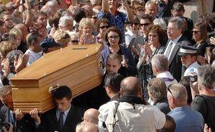 Obseques de l' acteur Sim en presence de sa femme et sa fille ainsi que Victor Lanoux, Evelyne Buyle, Jacques Ballutin et Philippe Bouvard à Roquebrune-sur-Argens le 11 septembre 2009.