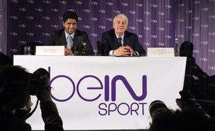 Le directeur d'Al-Jazira Sports Nasser Al Khelaifiet Charles Bietry lors de la conférence de lancement de Be in Sport le 24 mai 2012.