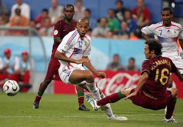 Football venez commenter avec nous les meilleures photos de l 39 histoire des france portugal - Coupe du monde de football 2006 ...