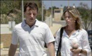 """Les parents de Maddie, Gerry et Kate McCann, ont pour leur part déclaré mardi dans un entretien à la télévision britannique qu'ils étaient """"intimement convaincus"""" que Madeleine était vivante lorsqu'elle avait été emmenée de l'appartement où elle dormait la nuit de sa disparition."""