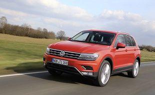 Le Tiguan de Volkswagen allie avec brio le confort et une allure sportive séduisante.