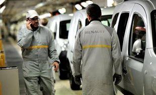 Les immatriculations de voitures neuves sont tombées en 2012 à leur plus bas niveau depuis dix-sept ans au sein de l'Union européenne totalisant 12,05 millions de véhicules, a annoncé mercredi l'Association européenne des constructeurs automobiles (ACEA).