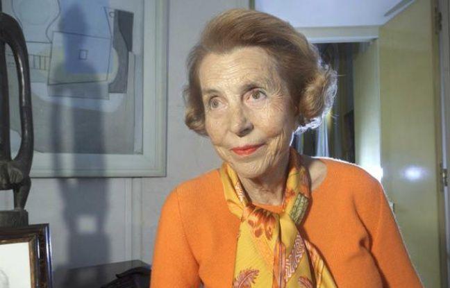 Liliane Bettencourt chez elle, à Neuilly-sur-Seine (Hauts-de-Seine), le 15 octobre 2011.