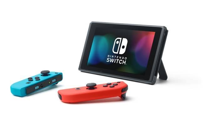 Il est possible de jouer à deux (et même plus) sur la console en mode mobilité.