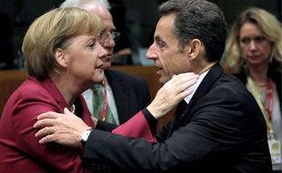 Nicolas Sarkozy et Angela Merkel, le 30 octobre 2009 à Bruxelles.
