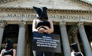 Flash mob d'Amnesty International contre les disparitions en Egypte, le 13 juillet 2016 à Rome