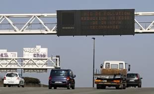 Des panneaux d'alerte de pollution atmosphérique à Lille.
