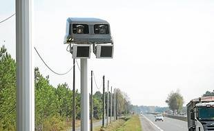 Ces radars mesurent la vitesse moyenne.