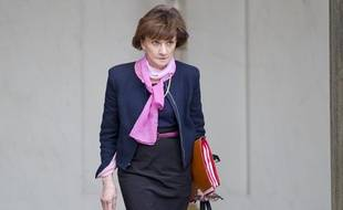 Michèle Delaunay à la sortie d'un conseil des ministres, à Paris le 10 avril 2013.