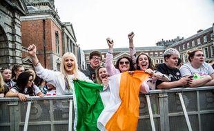 En Irlande, des femmes célèbrent la légalisation de l'avortement, le 26 mai 2018.