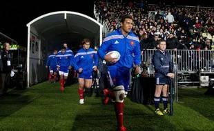 Thierry Dusautoir sera de nouveau titulaire pour le troisième match contre la Nouvelle-Zélande.