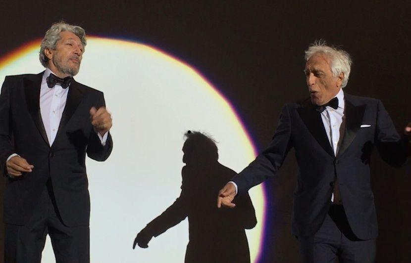 VIDEO. Festival de Cannes: Alain Chabat et Gérard Darmon refont le coup de la carioca