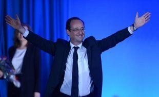 """Près d'un an après son arrivée au pouvoir, les difficultés, revers et coups durs se succèdent pour François Hollande, avec d'abord une économie toujours en panne, un chômage inexorablement à la hausse et la crise politique ouverte par l'affaire Cahuzac qui met à mal la """"République exemplaire"""" promise pendant sa campagne."""
