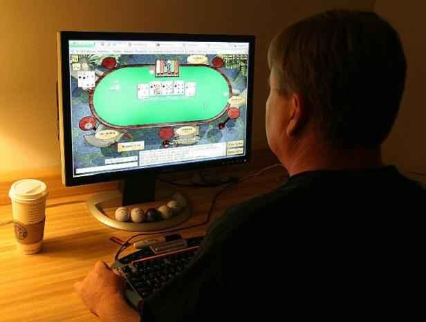 Main Forte Au Poker