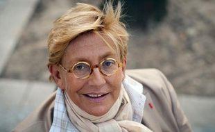 L'ancienne vice-présidente du conseil général des  Hauts-de-Seine, Isabelle Balkany, pose le 16 mars 2011 à  Levallois-Perret.