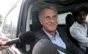 L'ex-gestionnaire de fortune de Liliane Bettencourt, Patrice de Maistre, a quitté lundi aux alentours de 18H30 la maison d'arrêt de Gradignan, près de Bordeaux, après 88 jours de détention provisoire, a constaté une journaliste de l'AFP.