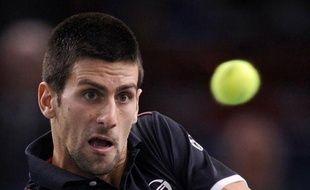 Le Serbe Novak Djokovic, N.1 mondial, a annoncé vendredi qu'il déclarait forfait pour le 1/4 de finale du tournoi ATP de Paris-Bercy qu'il devait disputer contre le Français Jo-Wilfried Tsonga en soirée.