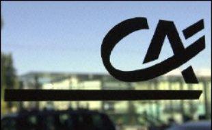 Le Crédit Agricole a été choisi par le constructeur italien Fiat Auto pour devenir son partenaire dans le crédit automobile, ont annoncé lundi les deux groupes dans un communiqué.