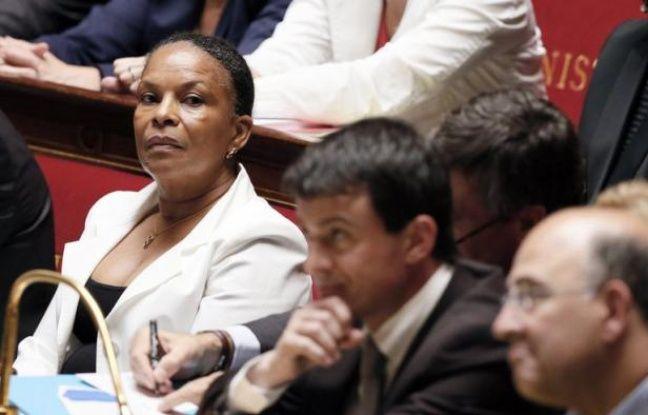 """La ministre de la Justice Christiane Taubira a souligné jeudi la """"dégradation continue de la qualité"""" des procédures de police judiciaire qui pose la question de la """"formation"""" et de """"l'encadrement"""" des agents auxquels elles sont confiées."""