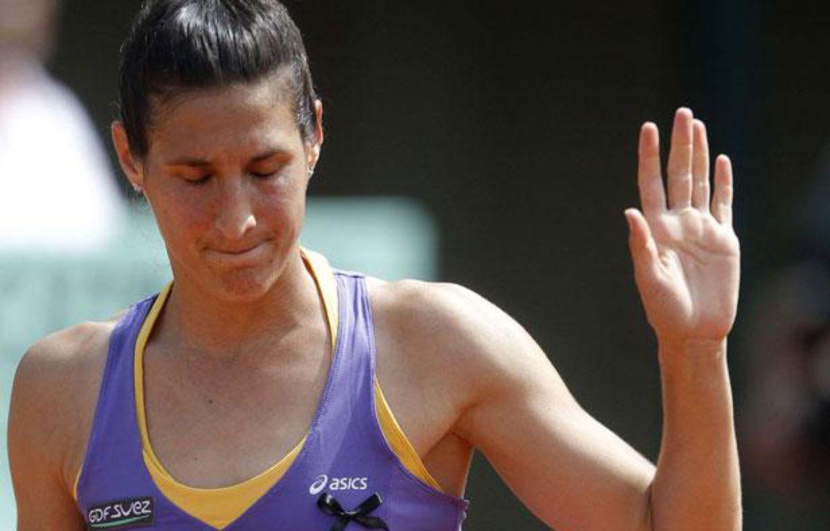 La joueuse de tennis française, Virginie Razzano, lors de sa défaite au premier tour de Roland-Garros, face à l'Australienne Jarmila Gojdosova, le 24 mai 2011. – M.Spingler/Sipa