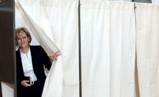 """L'ancienne ministre UMP Nadine Morano s'est défendue jeudi d'être raciste, citant à l'appui ses amis """"qui sont arabes"""" et notamment sa """"meilleure amie qui est tchadienne, donc plus noire qu'une arabe""""."""