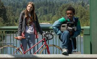 Peyton Kennedy et Jahi Winston dans «Everything Sucks !».