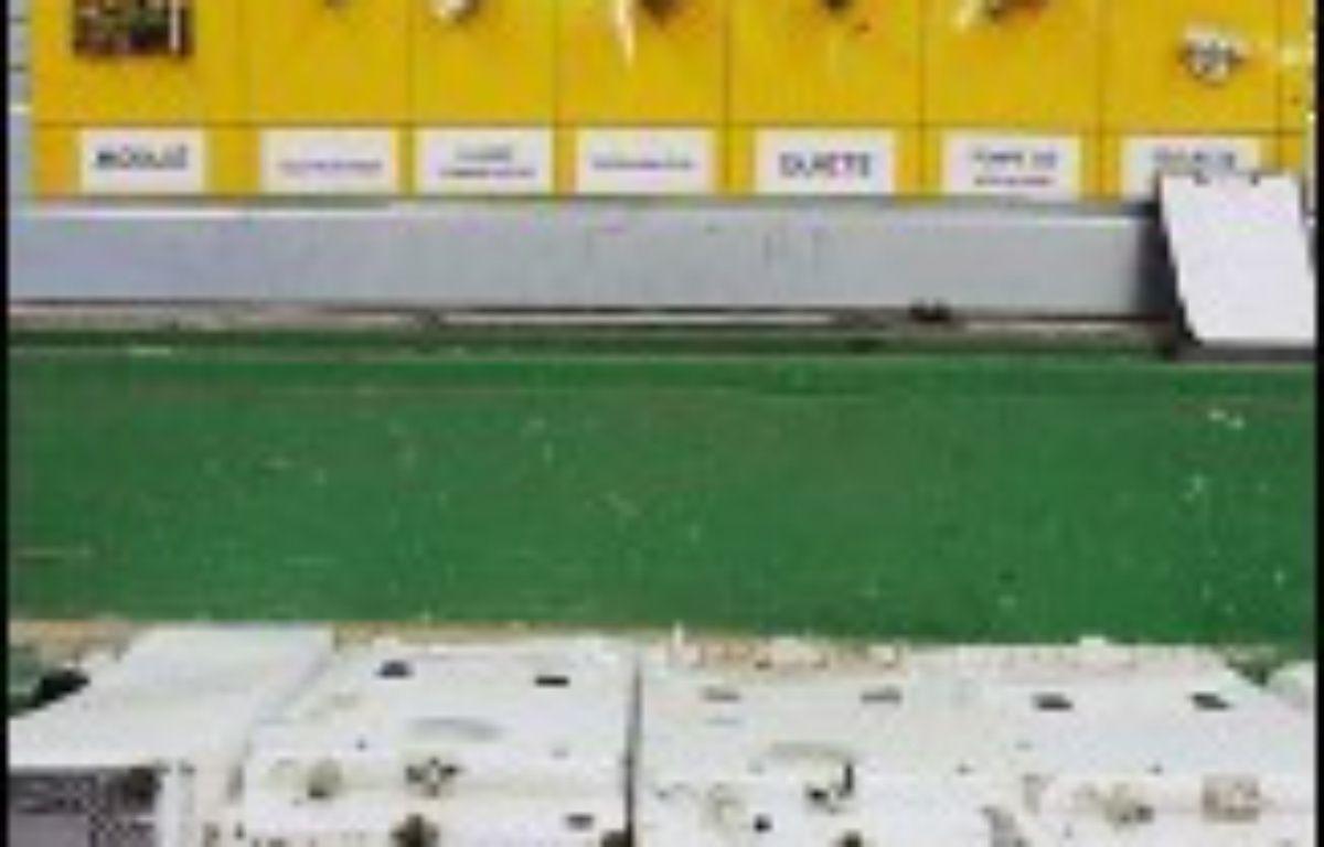 Réfrigérateurs, ordinateurs, téléphones portables devraient voir leur prix légèrement augmenter à partir du 15 novembre, avec la mise en place de la filière de recyclage des déchets d'équipements, électriques et électroniques (DEEE). – Frederick Florin AFP