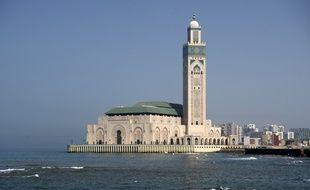 La ville de Casablanca vue de la mer, au Maroc.