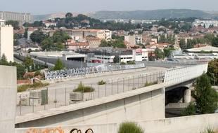 La rocade L2 qui doit relier les Arnavaux à l'échangeur Florian du Nord à l'est de la ville est en construction (photo archives).