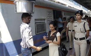 Gare de Mumbai en Inde. Image d'illustration.
