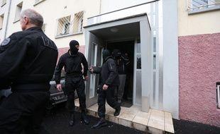L'opération policière anti-jihadiste a été menée dans le quartier populaire de la Meinau, au sud de Strasbourg, le 13 mai 2014