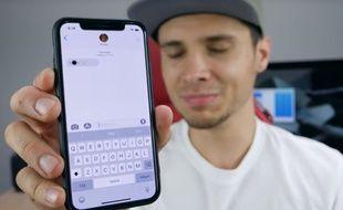 Une vidéo de EverythingApplePro explique le bug du point noir le 8 mai 2018.