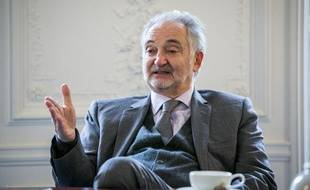 Jacques Attali, le 28 novembre 2013 à Paris.
