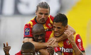 La joie des Lensois après leur succès face à Bordeaux