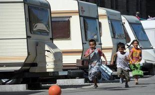 Des experts des Nations unies ont appelé mercredi le gouvernement français à s'assurer que le démantèlement des camps de Roms respecte les normes européennes et internationales des droits de l'homme relatives à la non-discrimination.