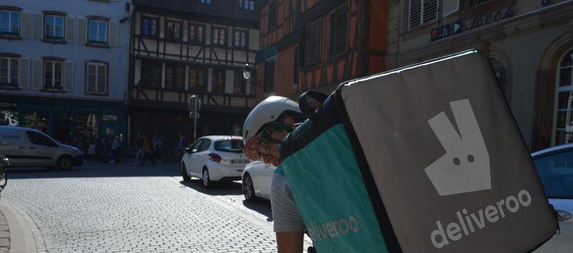 Illustration. Un livreur Deliveroo à Strasbourg en 2016.