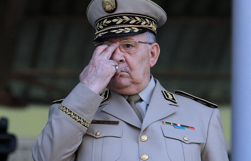 Algérie: L'armée veut une présidentielle dans les délais constitutionnels