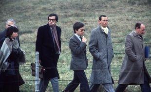 Lépanges-sur-Vologne, le 30 octobre 1985. Le juge Jean-Michel Lambert lors d'une reconstitution dans l'enquête sur la mort du petit Grégory.
