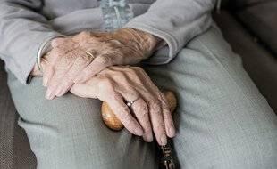 Un nouveau projet d'accompagnement des personnes âgées est en expérimentation en Isère (illustration).