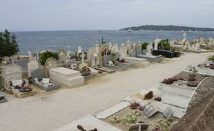 Illustration d'un cimetière.
