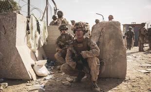 Des soldats américains à l'aéroport de Kaboul, le 21 août 2021.