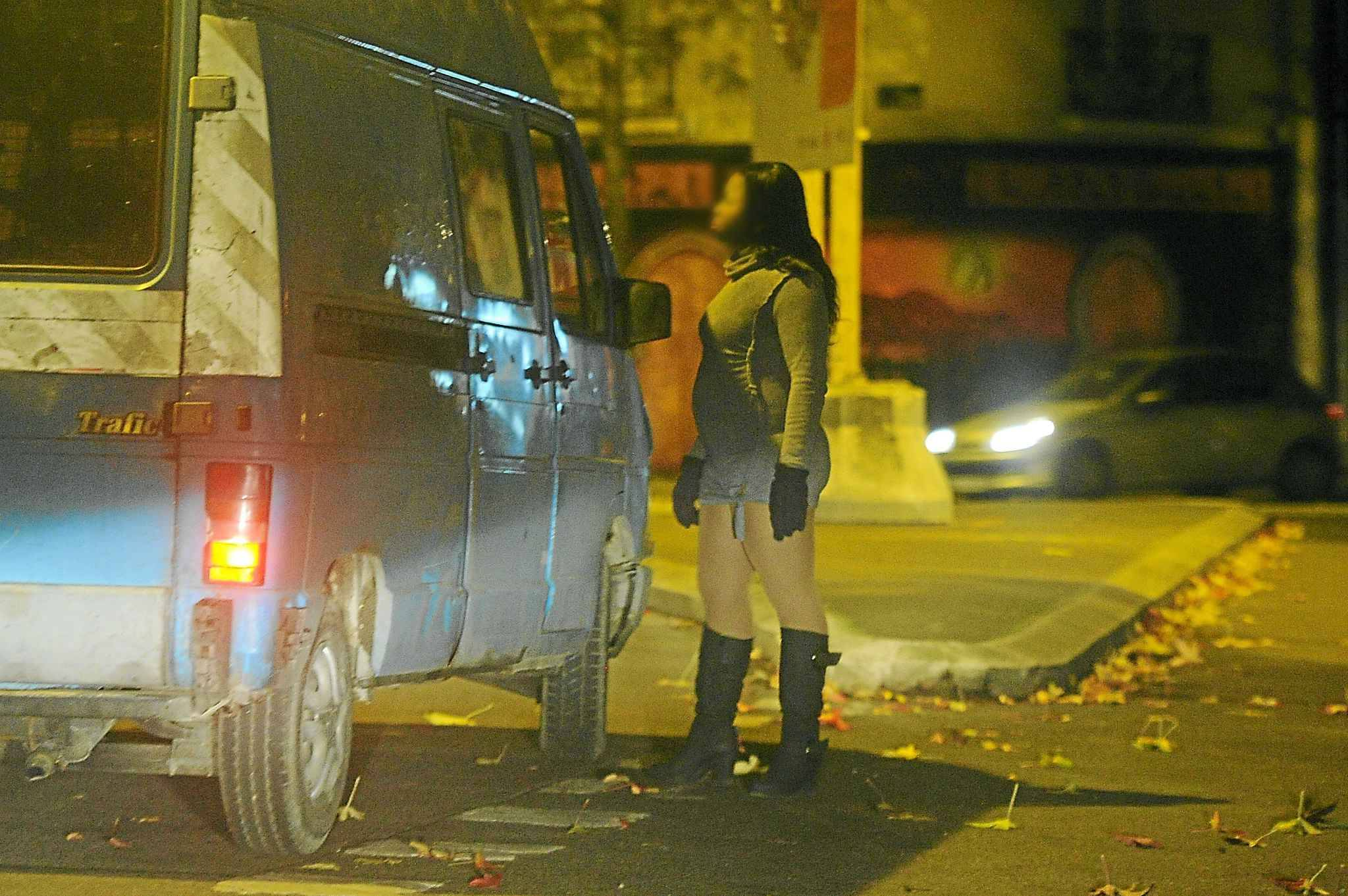Prostituée bures sur yvette