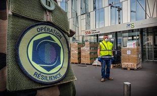 Des militaires de l'opération Résilience à Lille.