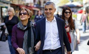 Sadiq Khan en compagnie de sa femme le mercredi 4 mai 2016.